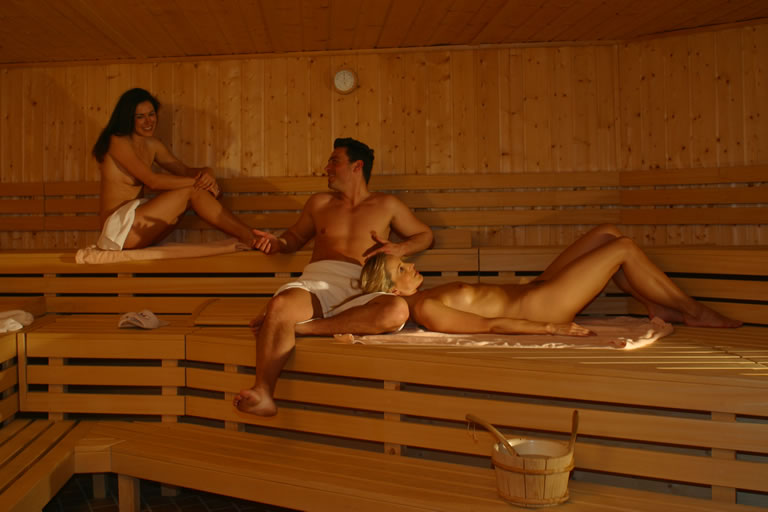 Swiss Girls Hot Sauna | Download Foto, Gambar, Wallpaper ...